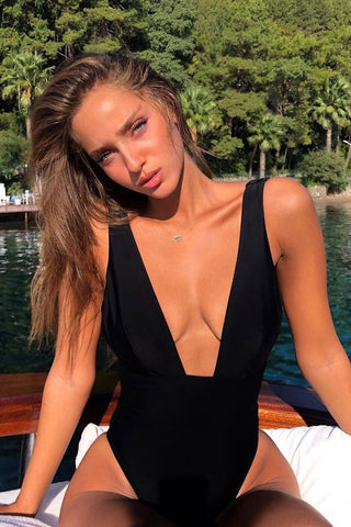 Elegant Plunged V Low Back One Piece Swimsuit in Black