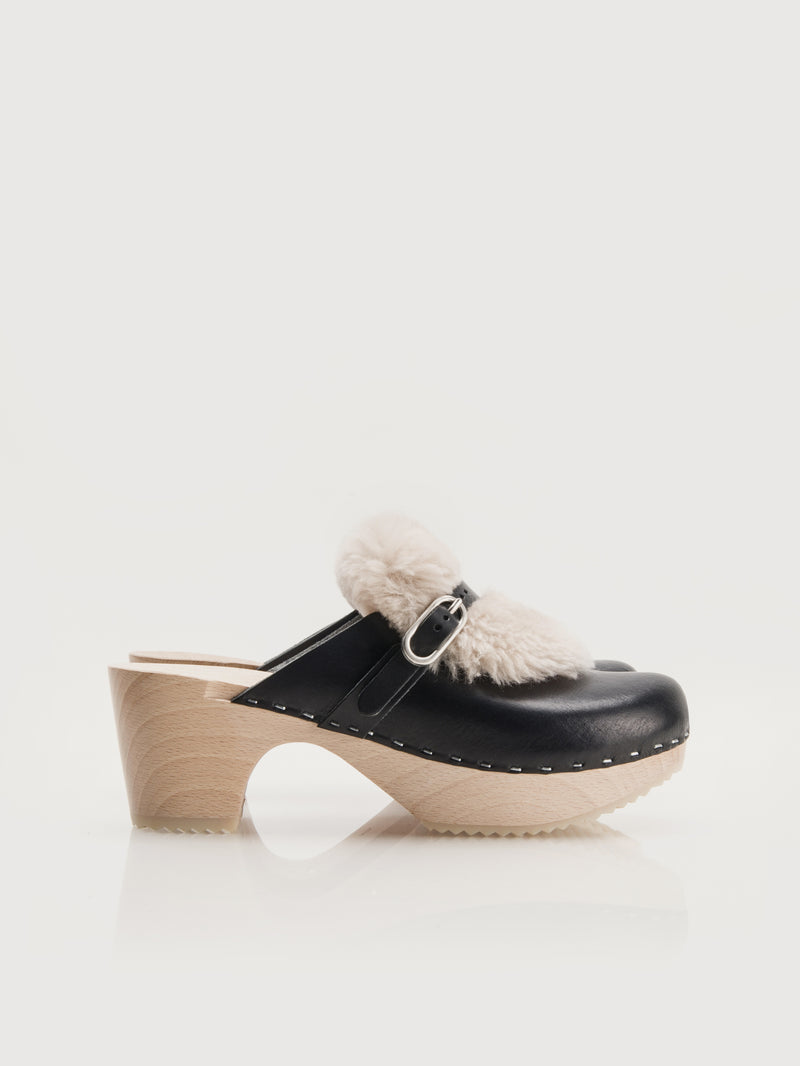 Greer Clogs Black - Size 5