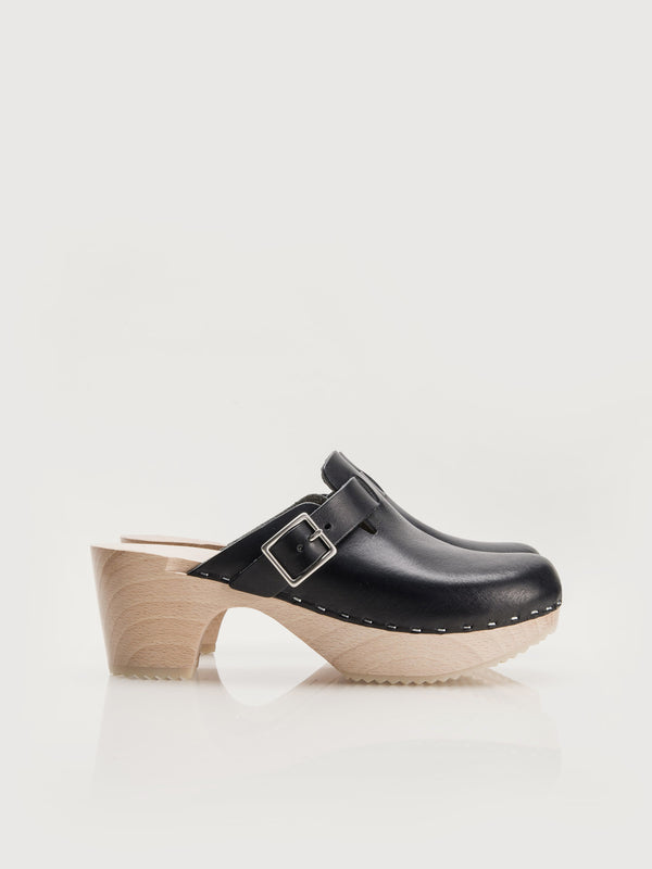 Perry Clogs - Black