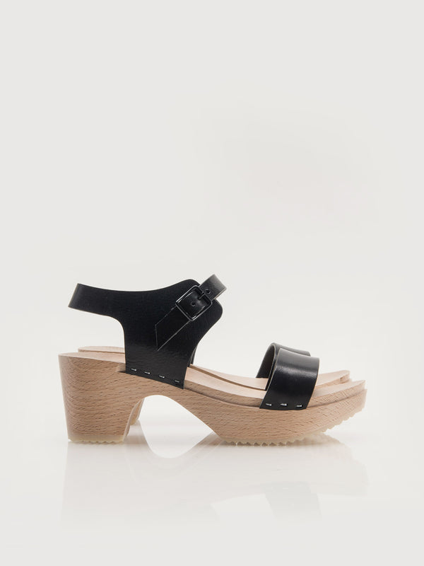 Owen Clogs - Black
