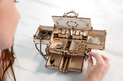 Mechanical Antique Jewelry Box Model Kit