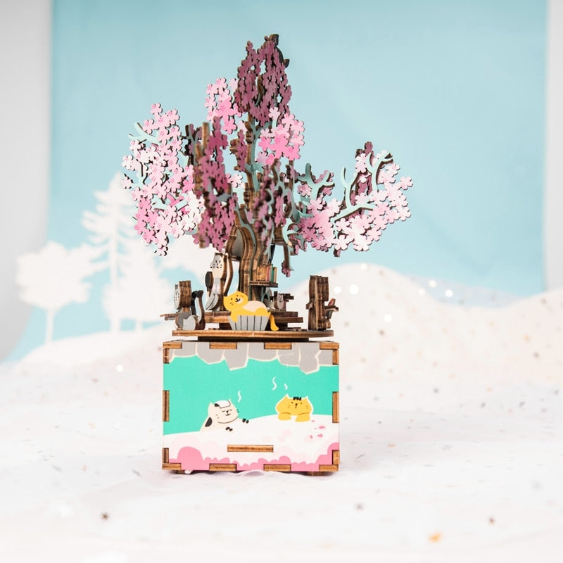 さくら - Mechanical Sakura Blossom Music Box