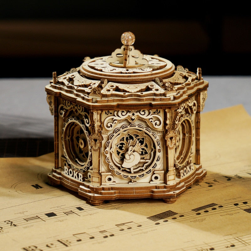 Garden Wonderland Music Box