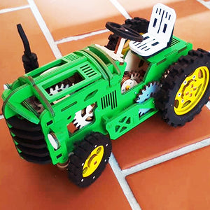 Travis the tractor model building kit