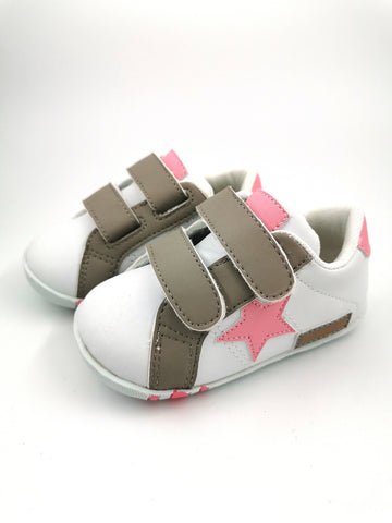 White Sneakers with Pink Star - Stage 1