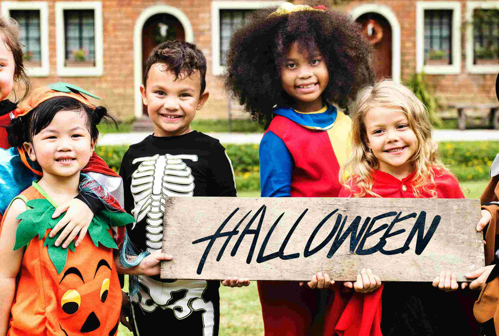Halloween is coming! Take a costume for your child!