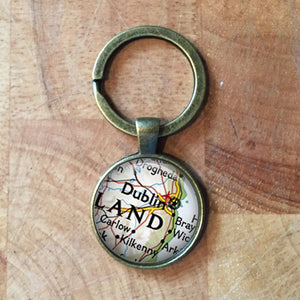 Personalised Maps| World Maps Keyring| Personalized Maps| wedding gift| anniversary gift| housewarming gift| custom maps| maps| vintage maps