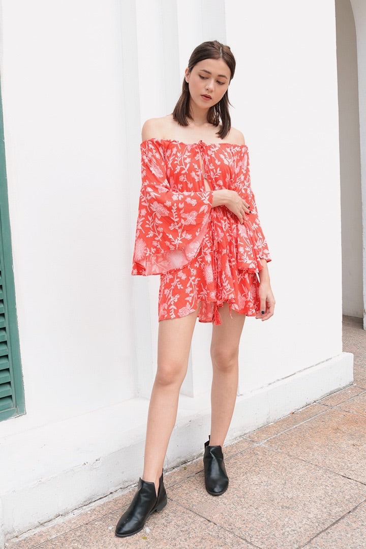 PAISLEY PRINTED OFF-S ROMPER (ORANGE)