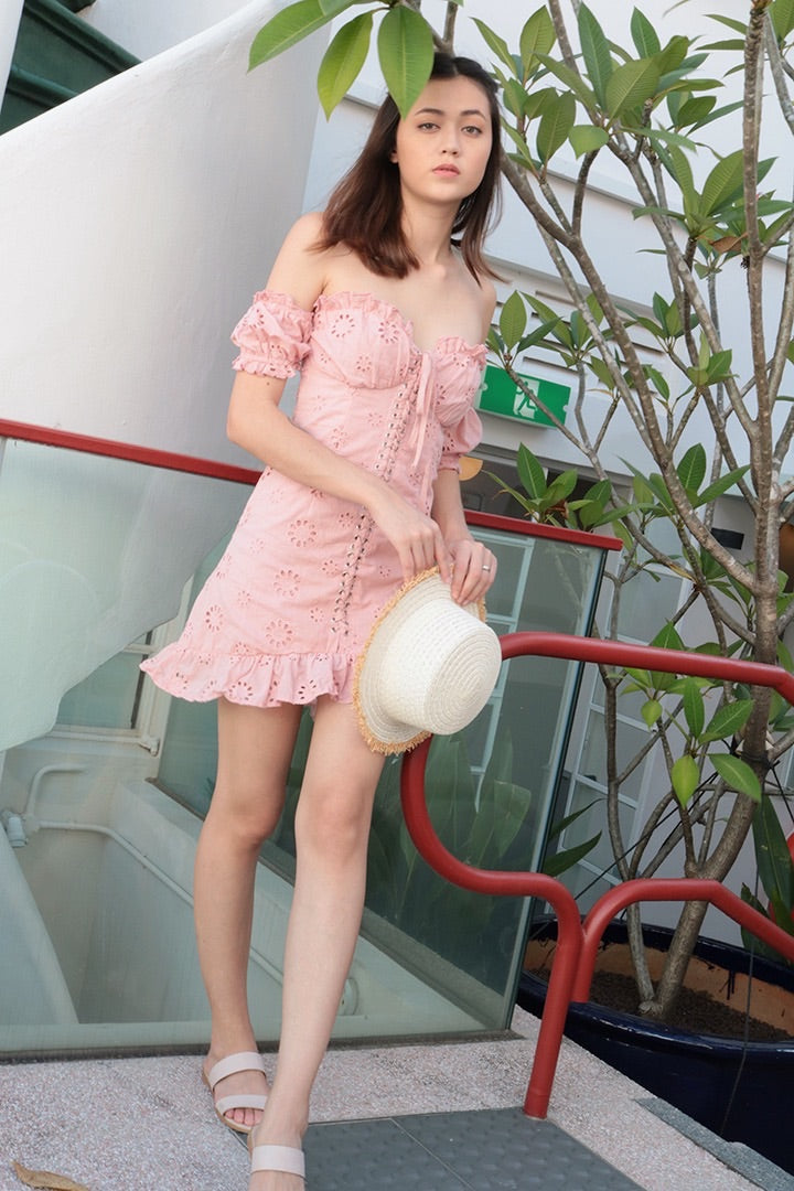 BABE LACED UP RUFFLE DRESS (BLUSH)