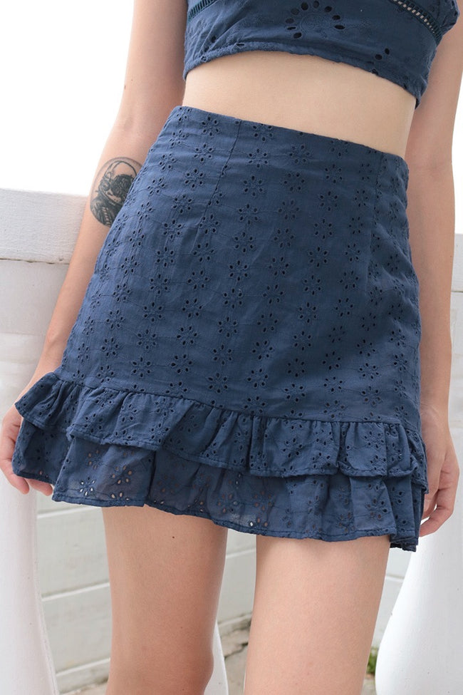MERMAID RUFFLE EYELET SKIRT (NAVY)