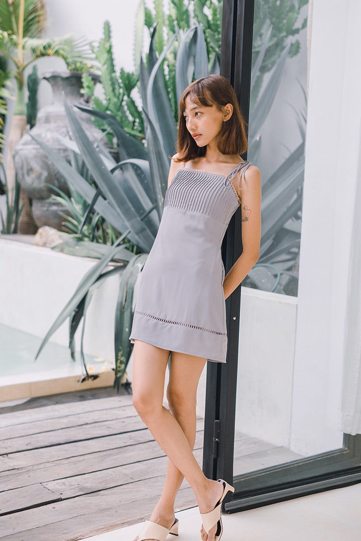 ROME PLEATED CAMI DRESS (MISTY GREY)
