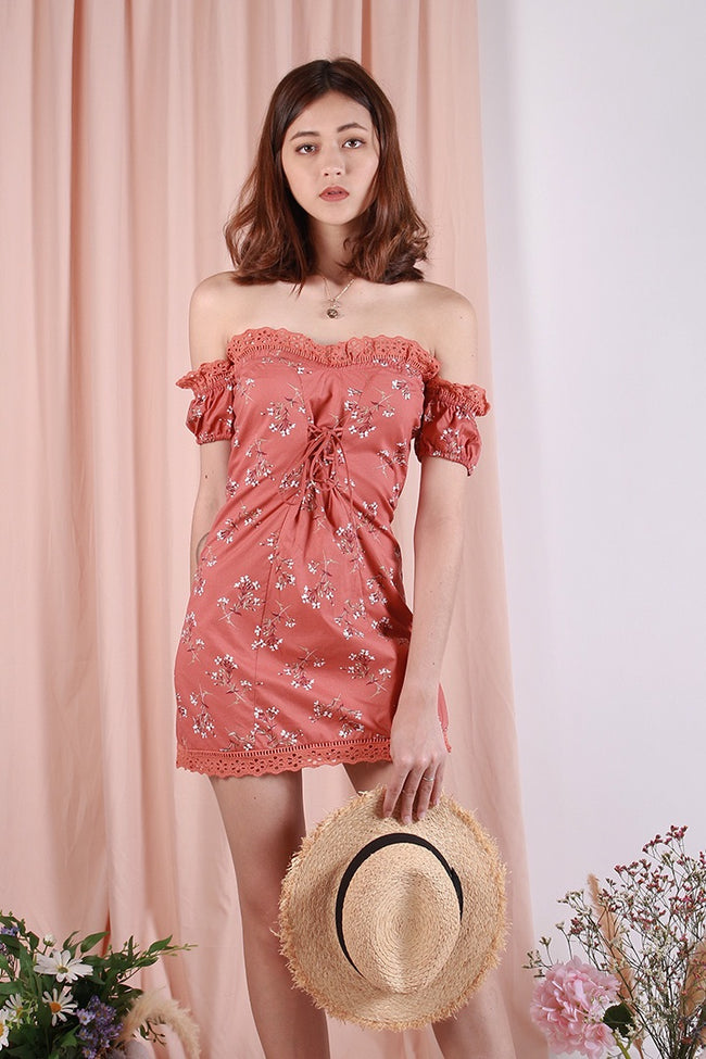 OLIVIA OFF-S DRESS (MANDARIN)