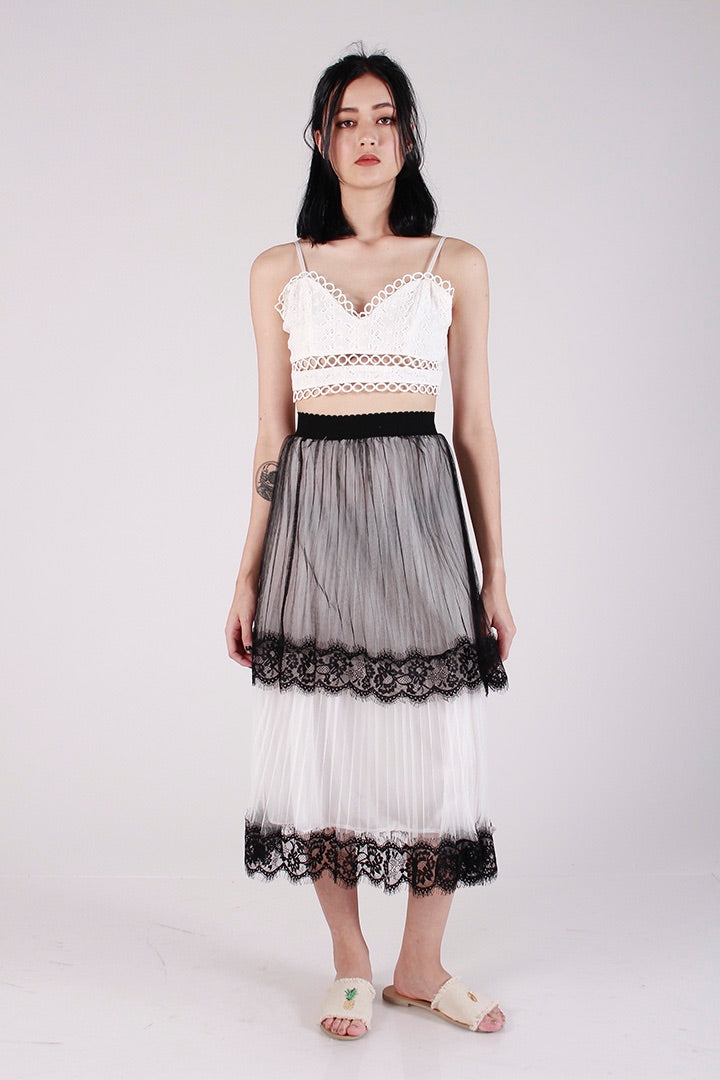 GO WITH THE FLOW MIDI SKIRT (WHITE)