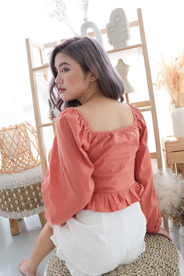 ELIYA 2 WAY BOW TIE TOP (RUST)