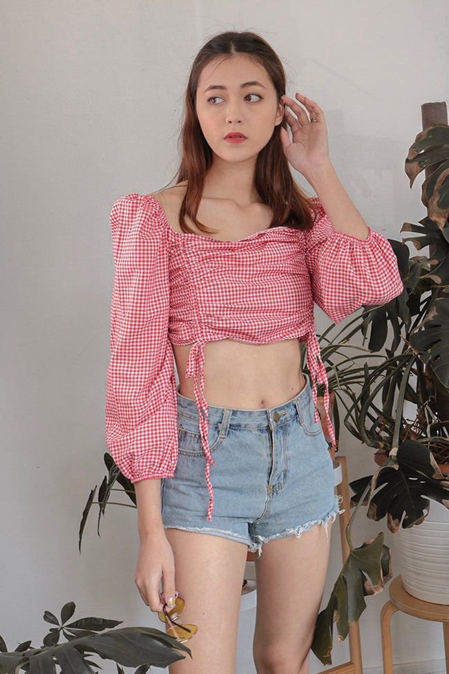 GINGHAM RUCHED TIE TOP (RED)