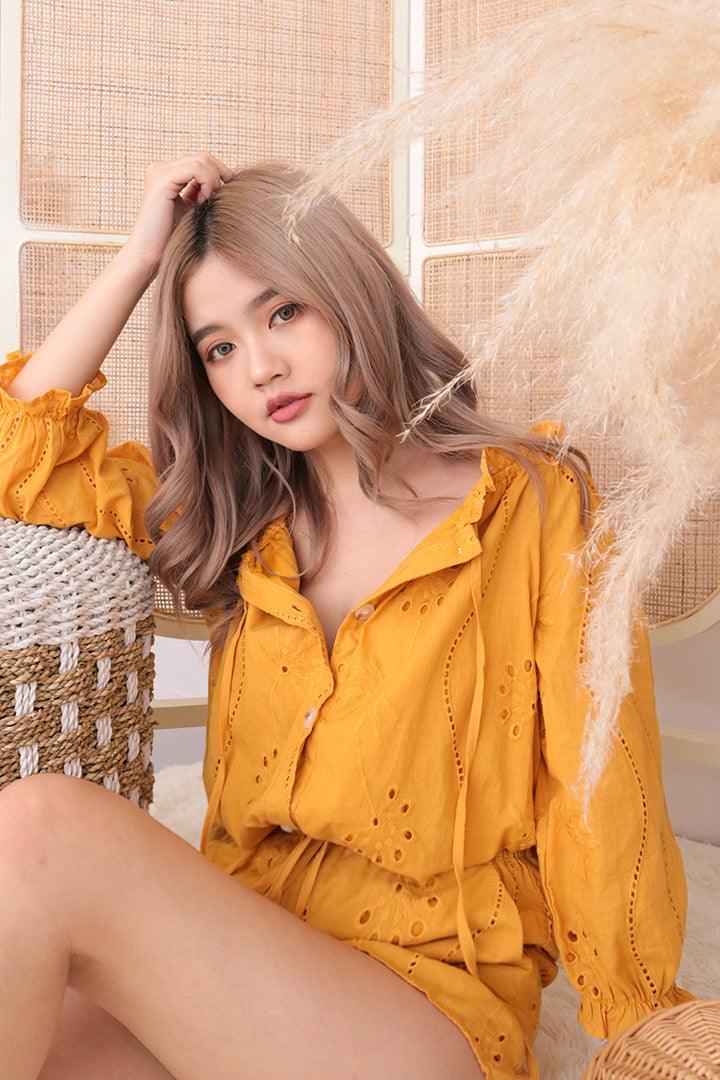 ROMIE EYELET OFF SHOULDER TOP (MUSTARD)
