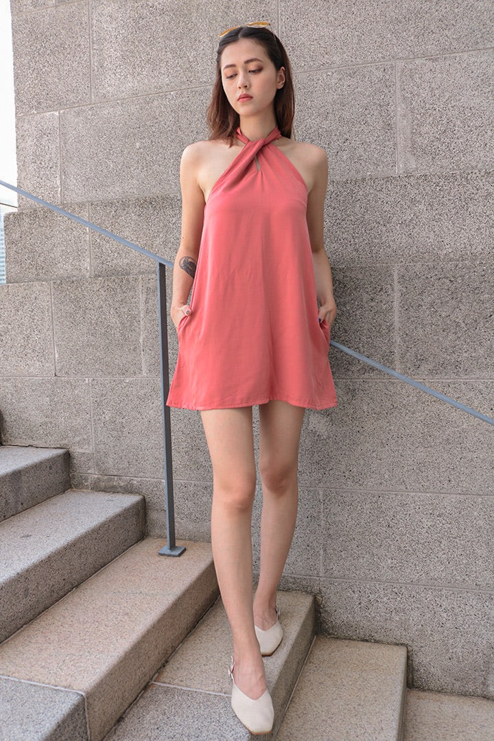 BUBBLEGUM HALTER BASIC DRESS (ROSE TAUPE)