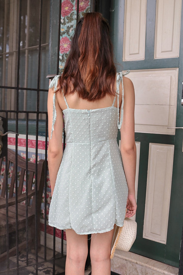 ARIANA RUFFLES DRESS (MINT)