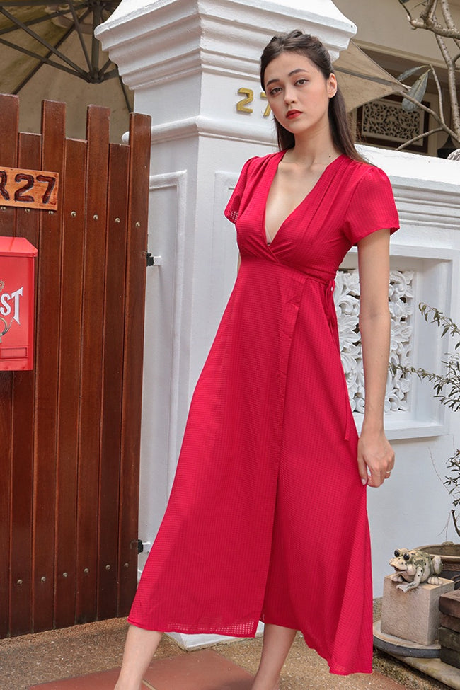 AURA V FRONT MAXI WRAP DRESS (RED)