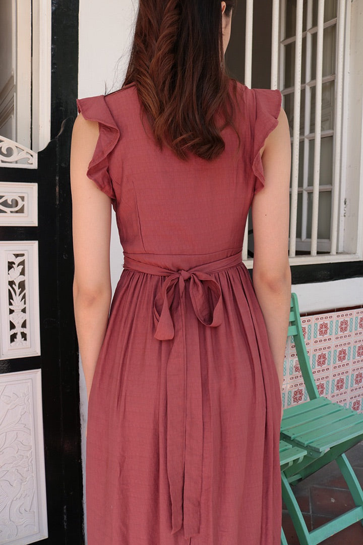 BELLA RUFFLES MIDI SLIT DRESS (RUST)