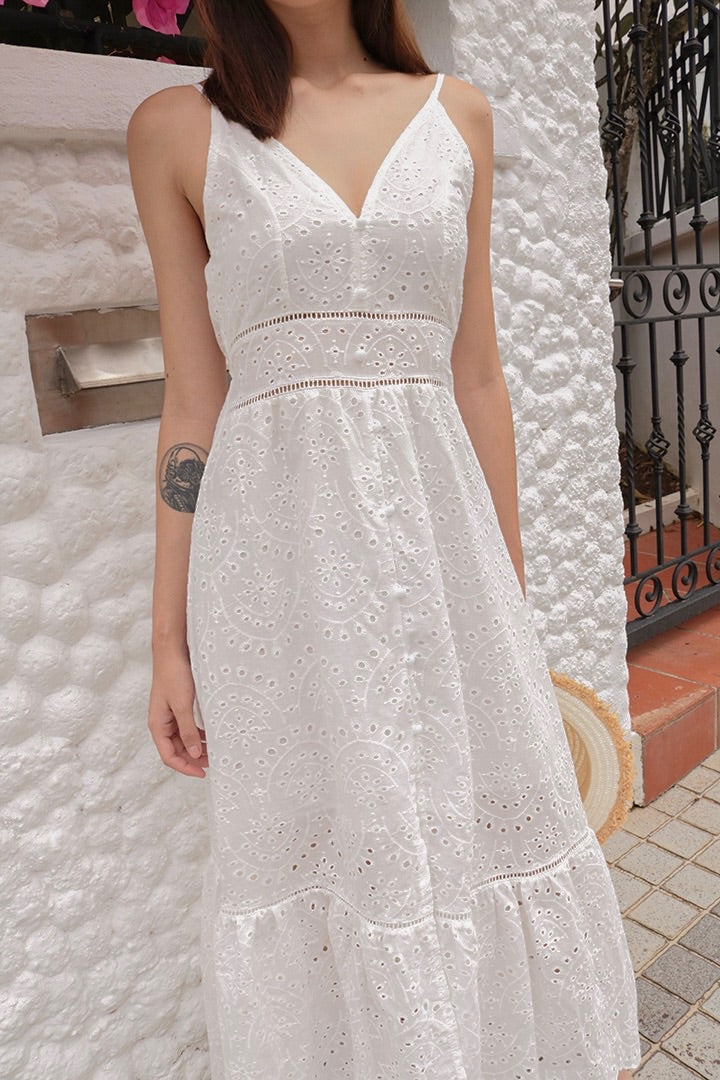 GERBELLE EYELET MAXI DRESS (WHITE)