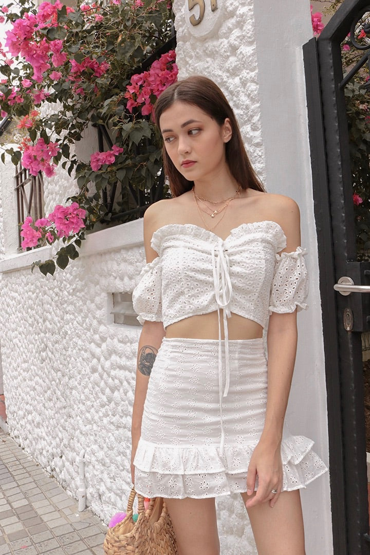 KYRA LACED TIE OFF-S CROP (WHITE)