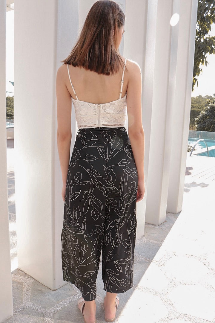 CAMELLIA PRINTED SPLIT PANTS (BLACK)*LAST FEW*
