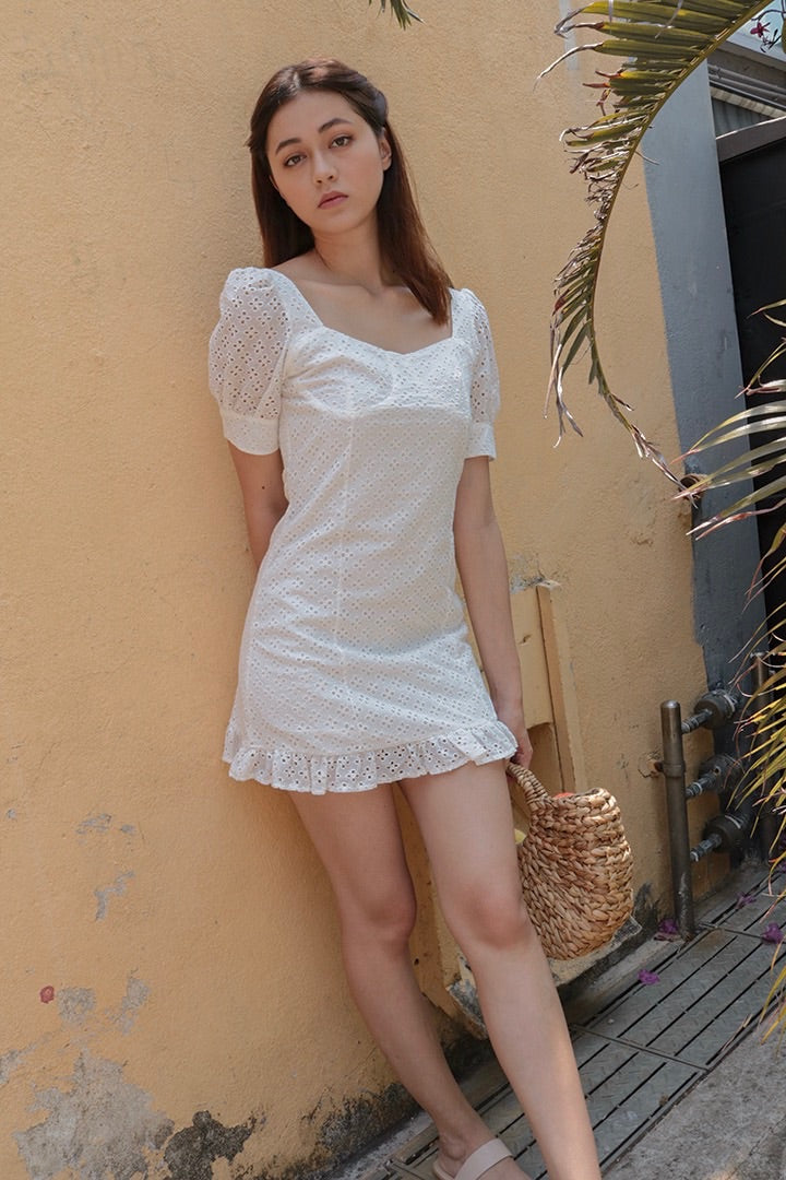 DREAMER EYELET DRESS (WHITE)