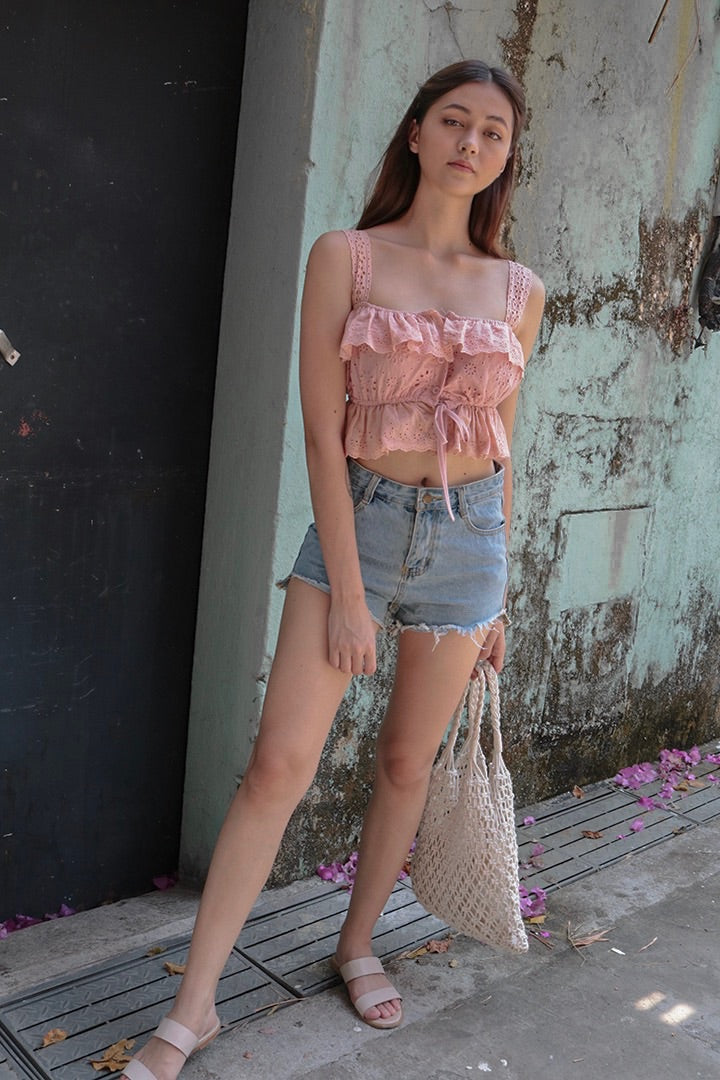 SUGAR LACE EYELET TOP (BLUSH)