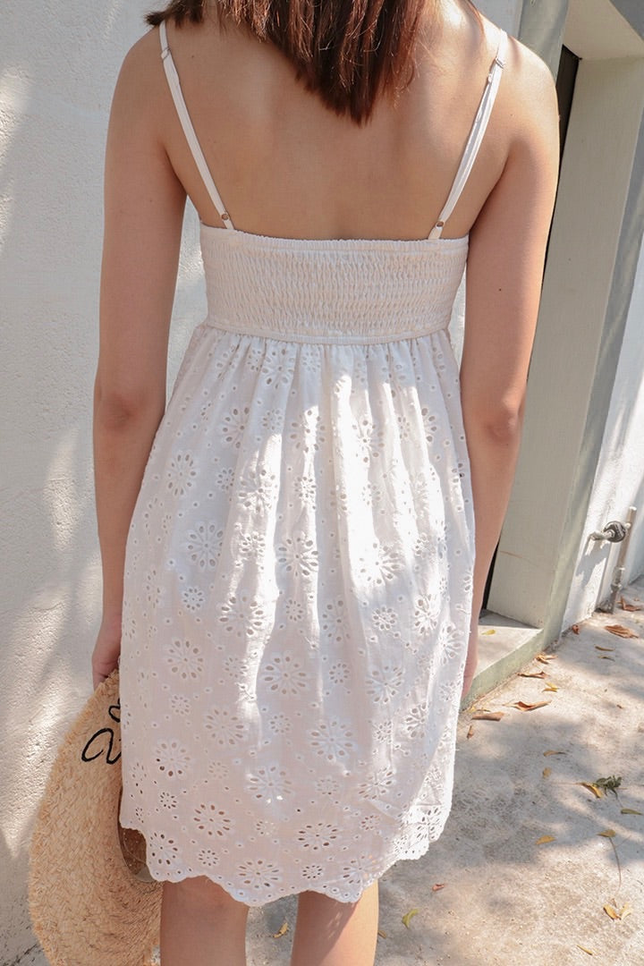 ESTEE EYELET DRESS (WHITE)