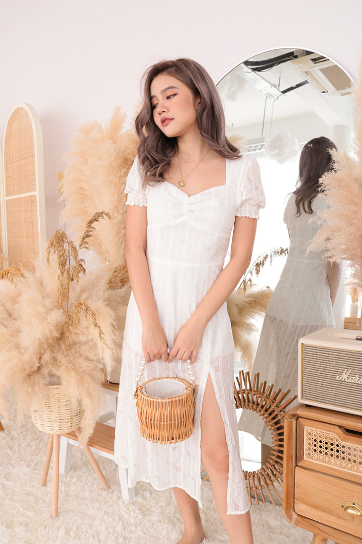 FIORA SWEETHEART MIDI DRESS (WHITE)