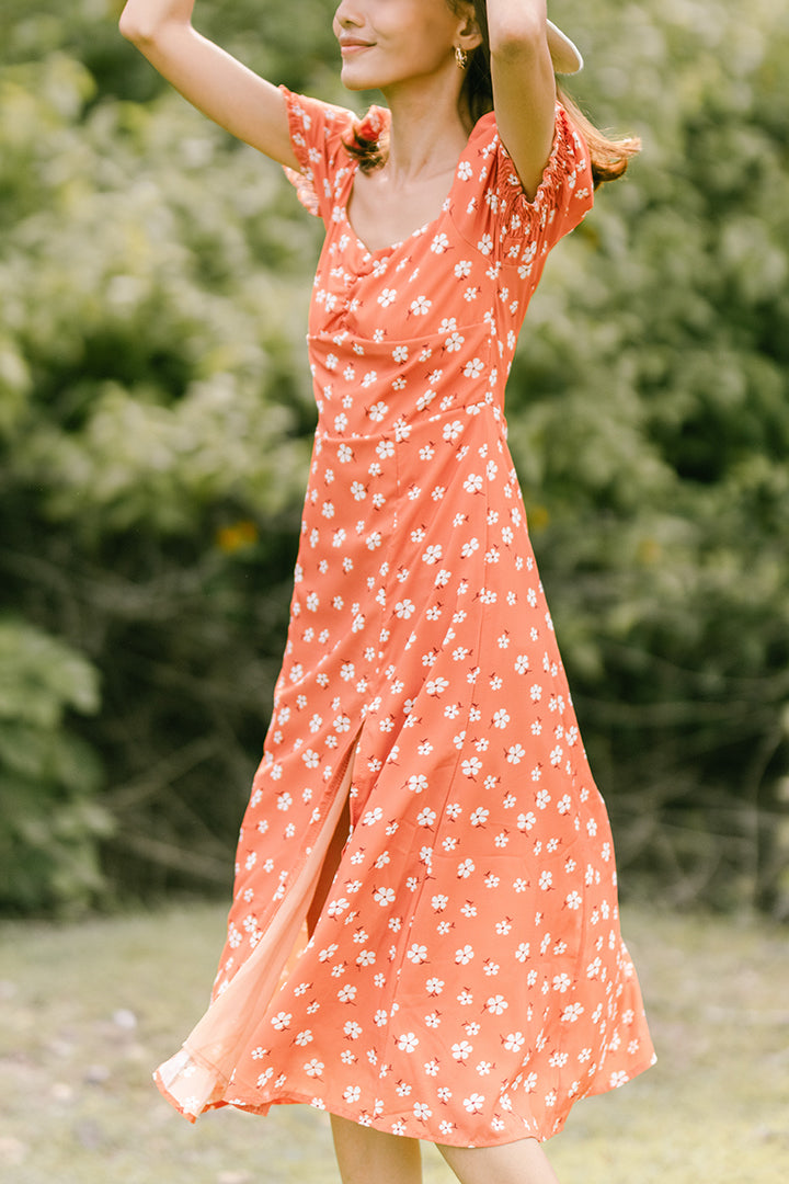 DAISY PETALS SQUARE MIDI DRESS (ORANGE)