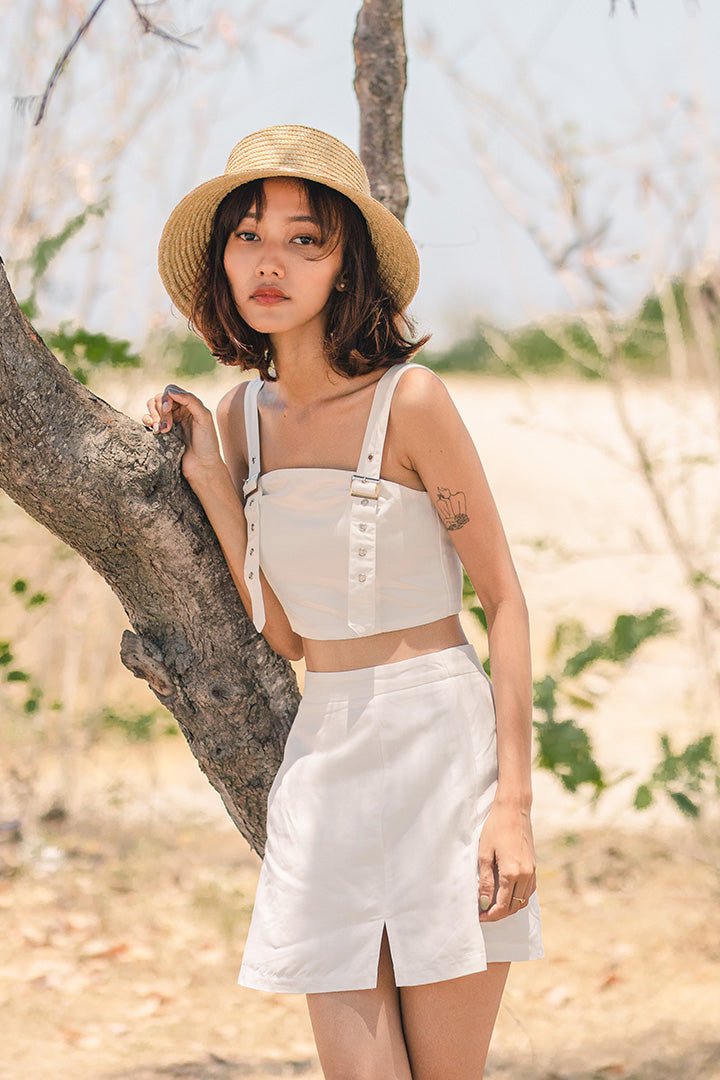 AKILA SLIT HW SKIRT (WHITE)