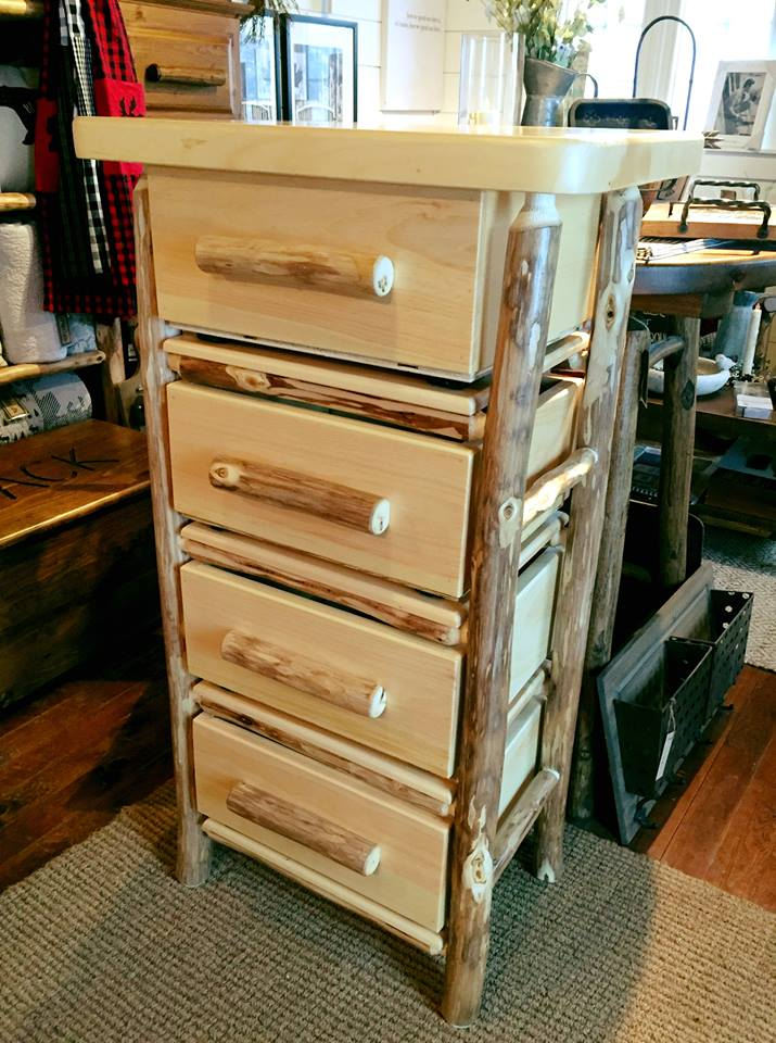 Rustic Craft 4 Drawer Dresser