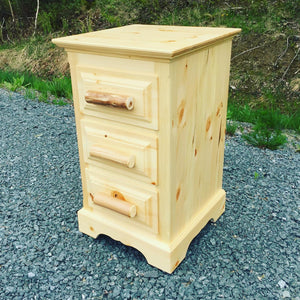 "18"" 3 Drawer Night Table"