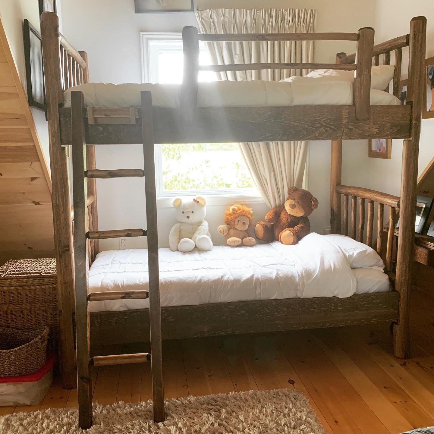 Picture of: Log Bunkbed Rustic Craft Canada