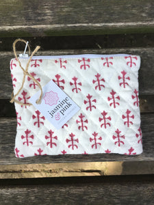 Red block print small quilted pouch