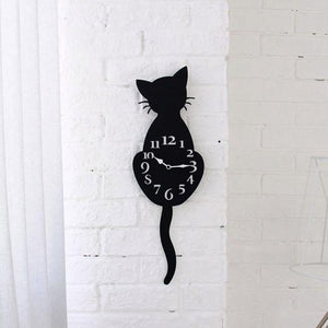 Wagging Tail Clock