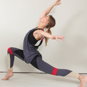 Galapagos Color-block Yoga Leggings in moisture-wicking Zeugma® organic cotton