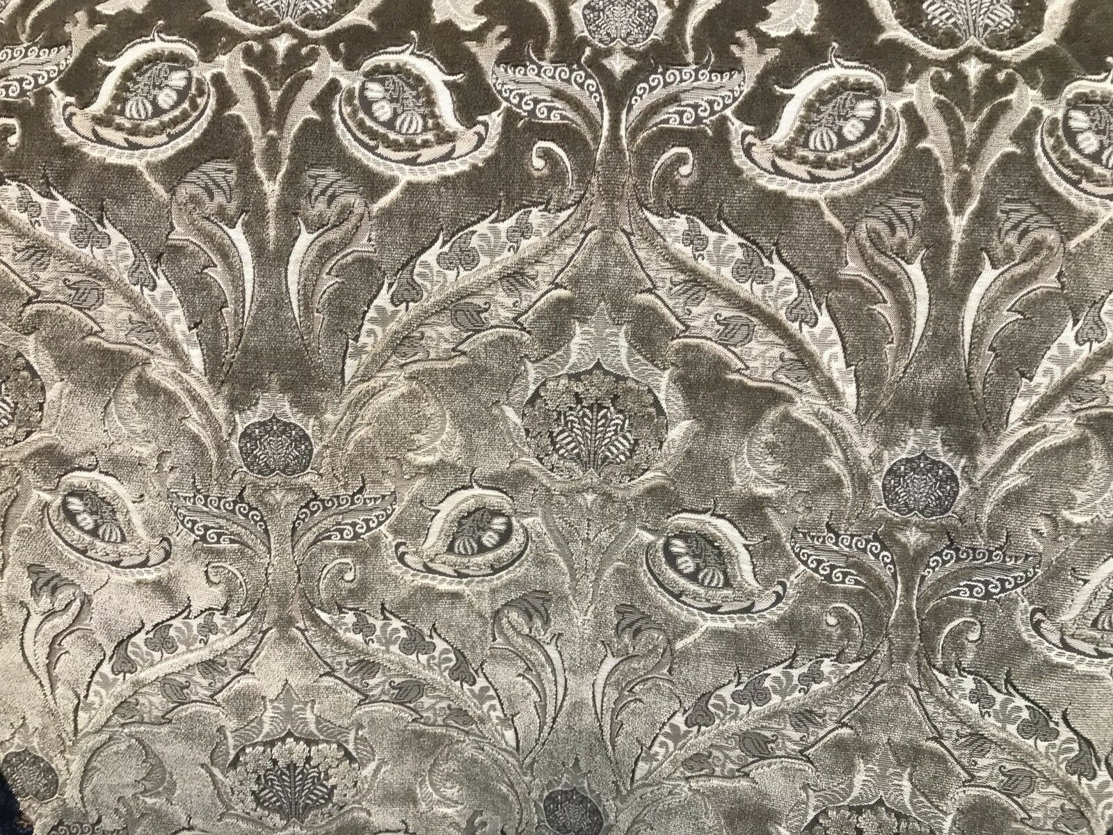 Novelty Made In Italy Brocade Velvet Fabric Antique Taupe Gray Venetian