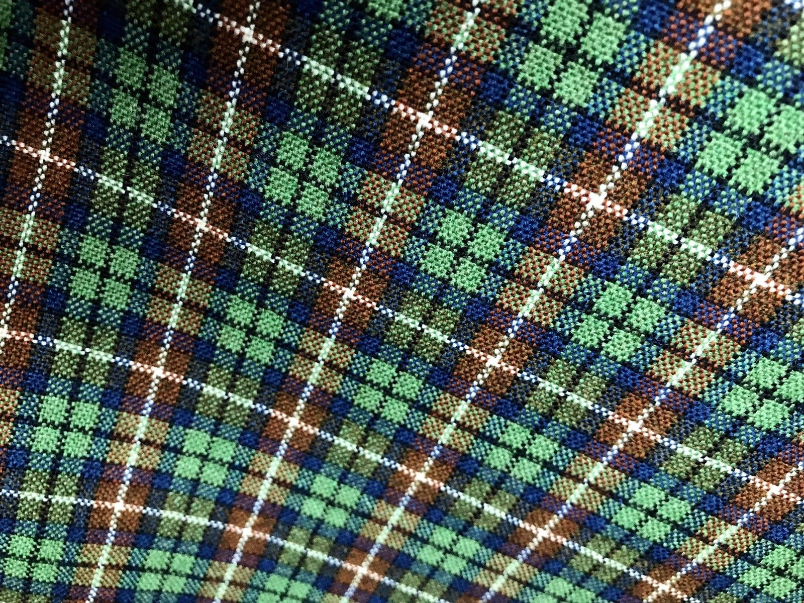 NEW Vintage Wool Plaid Tartan Tweed Woven Fabric - Green -Made in England - Fancy Styles Fabric Boutique