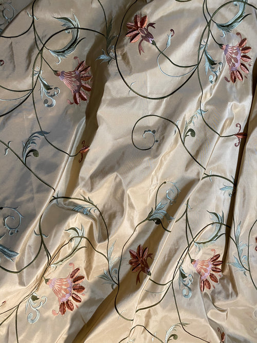 NEW Countess Manon 100% Silk Taffeta Floral Embroidered Fabric