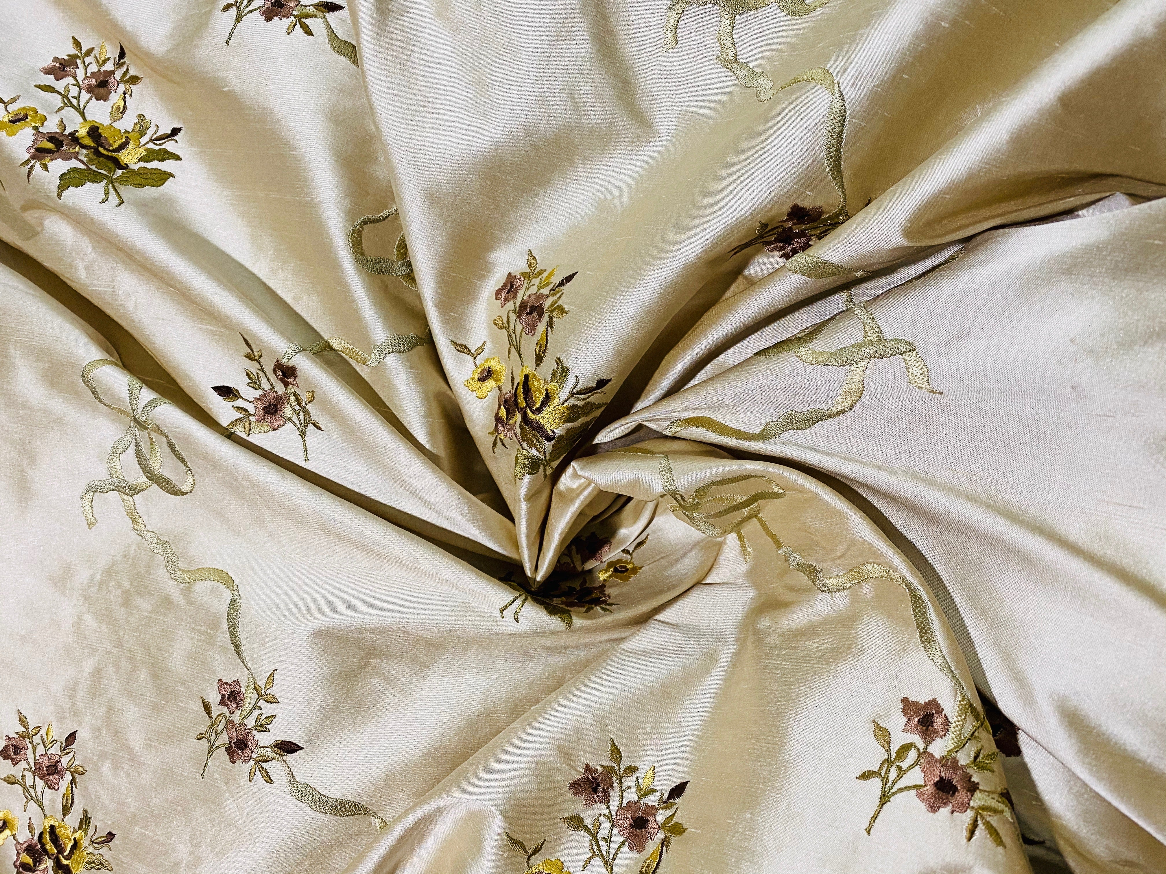 NEW Designer 100% Silk Dupioni Fabric - Eggshell Floral Bouquet with Bows