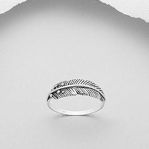 Leaf Design Ring