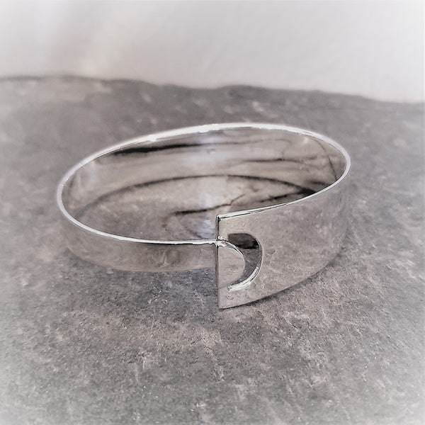 Large Contemporary Silver Bangle