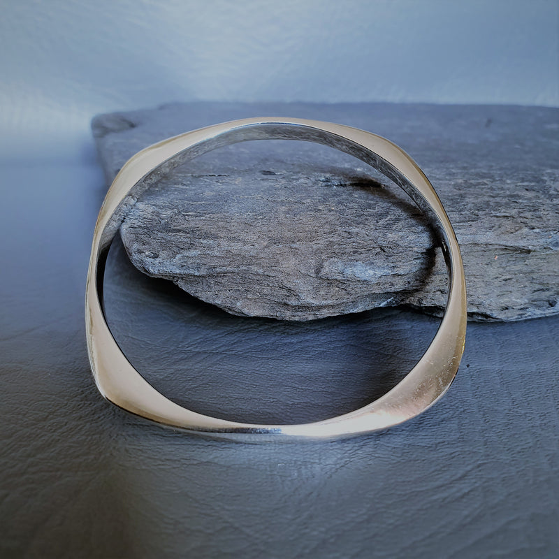 Square Stunning Bangle