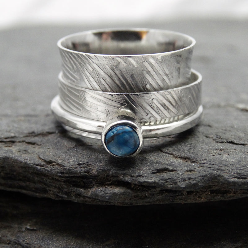 Etched Single Stone Spinning Ring