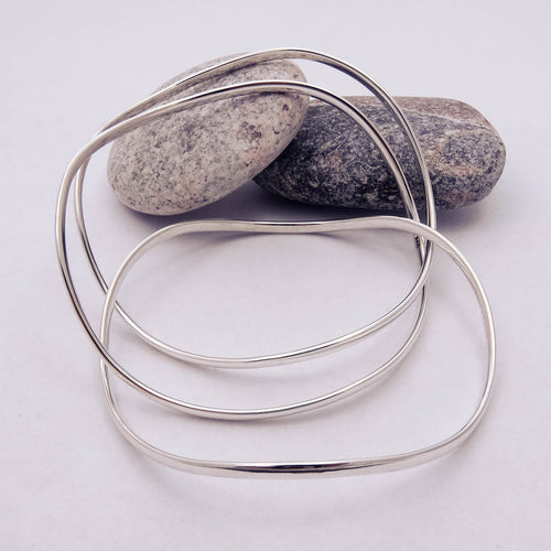 Triple Wave Russian Bangle