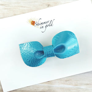 Aqua Lace Kinsley Bow