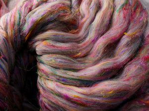 Splash of Silk - Corridale and pulled sari silk. 4 ounce pack